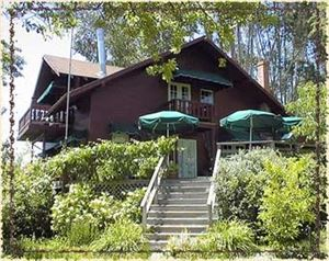 Sonoma Chalet Cottages And Bed And Breakfast Inn