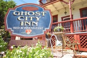 The Ghost City Inn Bed & Breakfast