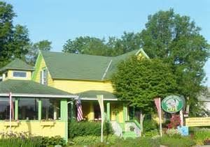 Chickadee Cottage Café