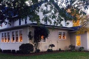 Meadows Inn Bed & Breakfast
