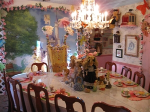 Olivias Doll House Tea Room