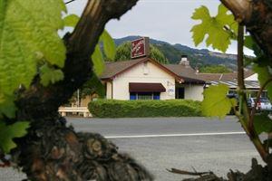 The Vineyards Inn