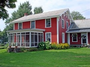 Crescent Bay Farm Bed & Breakfast