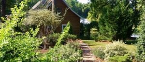 Shalom House Bed & Breakfast