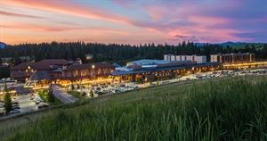Coeur D'Alene Casino Resort Hotel and Circling Raven Golf Course