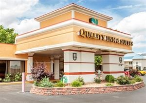 Quality Inn & Suites Kansas City - Independence I-70 East