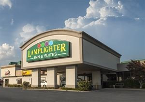 Lamplighter Inn South