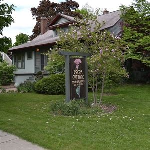 Cocoa Cottage Bed & Breakfast