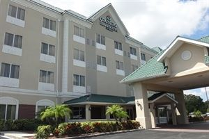 Country Inn & Suites By Carlson, St. Petersburg - Clearwater, FL