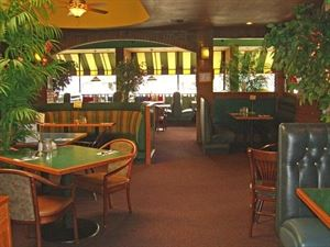Robb's 125th St Grill