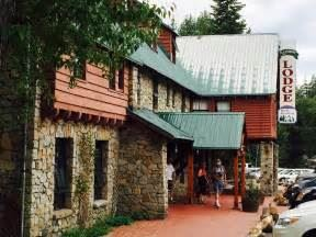 Royal Gorge's Rainbow Lodge