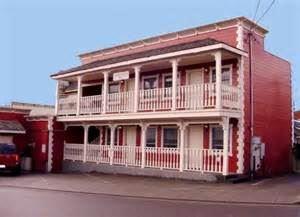 The Francis Creek Inn