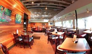 Hyde Park Bar & Grill