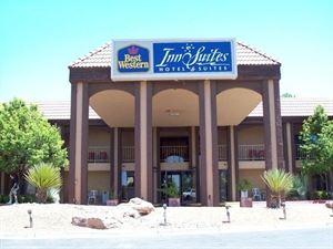 Best Western - Airport Albuquerque InnSuites Hotel & Suites