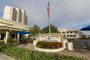 Legacy Harbour Hotel & Suites