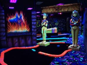 King Putt Indoor Mini Golf