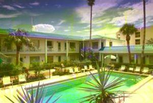 Beach Moorings Motel