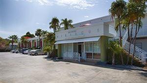 Best Western - Hibiscus Motel