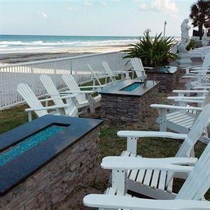 Emerald Shores Hotel