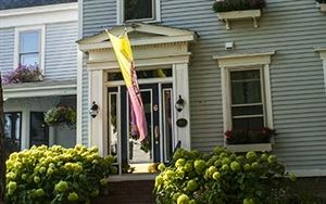 Camden Windward House Bed & Breakfast