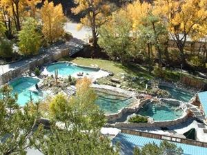 Cottonwood Hot Springs Inn & Health Spa