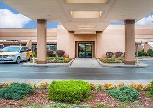 Clarion Hotel Buffalo Airport