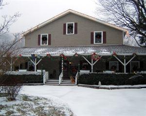Little Main Street Inn