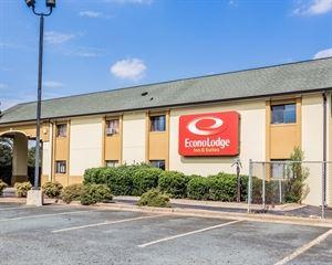 Econo Lodge Inn & Suites Matthews - Charlotte