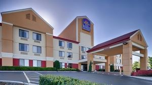 Best Western Plus - Huntersville Inn & Suites Near Lake Norman