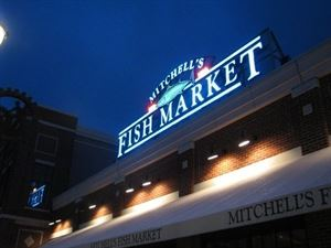 Mitchell's Fish Market - Newport