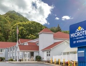 Microtel Inn & Suites by Wyndham Maggie Valley