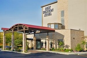 Best Western Plus - Atrea Airport Inn & Suites