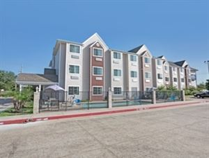 Microtel Inn & Suites by Wyndham Houston