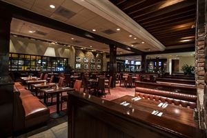 Hamburger Hamlet - Sherman Oaks