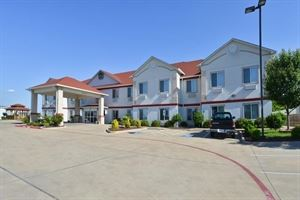 Best Western - Limestone Inn & Suites
