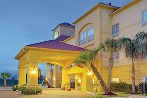 La Quinta Inn & Suites New Caney