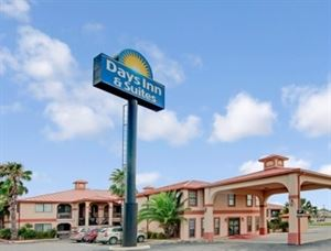 Days Inn & Suites Braunig Lake