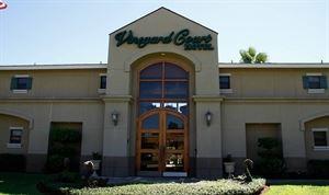 Vineyard Court Designer Suites Hotel