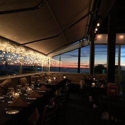 Stella's Serious Italian Restaurant & Lounge