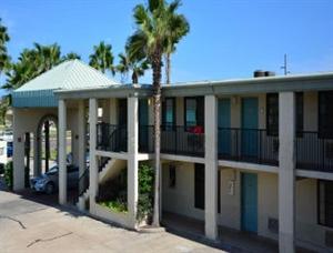 Knights Inn South Padre Island
