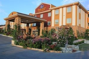 Best Western Plus - Blanco Luxury Inn & Suites