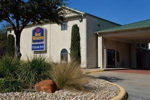 Best Western - Cedar Inn