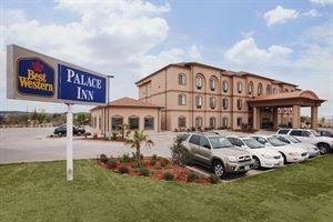 Best Western - Palace Inn & Suites