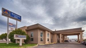 Best Western - Windsor Inn