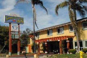 Sandyland Reef Motel