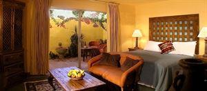 Hotel Pepper Tree