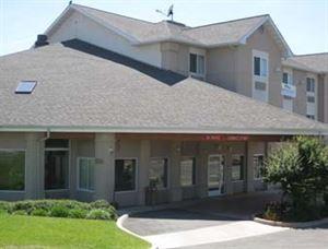 Baymont Inn & Suites Redding