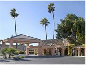 Knights Inn Fresno North
