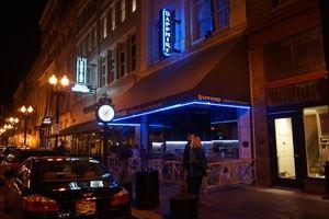 Sapphire: A Modern Restaurant & Bar