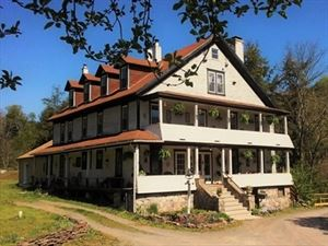 Cherry Mills Lodge